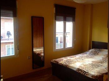 EasyPiso ES - Habitación grande/Big room for rent, Ciudad Lineal - 380 € por mes