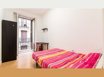 EasyPiso ES - CITY CENTER LATINA B ROOM 3, Centro Ciudad - 550 € por mes