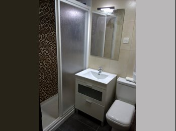 EasyPiso ES -  Alquiler de  2 Habitaciones en piso compartido, Cerdanyola Del Vallès - 260 € por mes