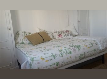 EasyPiso ES - habitación con vistas en ático de La Latina, Centro Ciudad - 690 € por mes