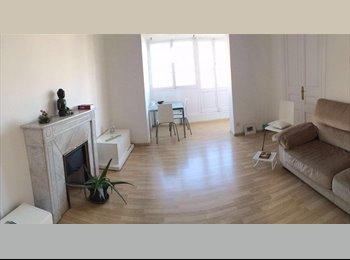 EasyPiso ES - Habitación en precioso piso en el centro de Barcelona, Eixample - 425 € por mes