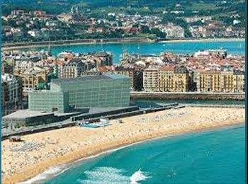 EasyPiso ES - Piso amplio en zona tranquila de Gros, San Sebastián - 420 € por mes