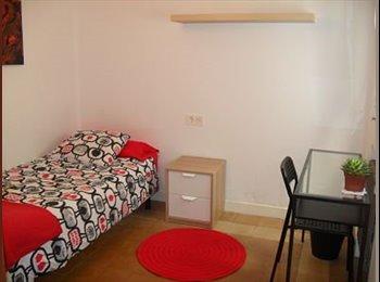EasyPiso ES - Habitaciones junto a la Catedral , Oviedo - 280 € por mes