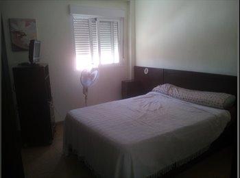 EasyPiso ES - Alquilo habitación doble a chica, Almería - 170 € por mes
