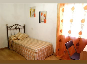 EasyPiso ES - Estupenda habitación, metro: Alto de Arenal, Puente De Vallecas - 300 € por mes