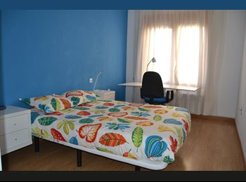 EasyPiso ES - LUXURY ROOMS DOWNTOWN, Valencia - 350 € por mes