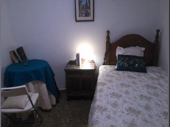 EasyPiso ES - Habitación 1,05cm, San Cayetano-Ollerías, Córdoba - 215 € por mes