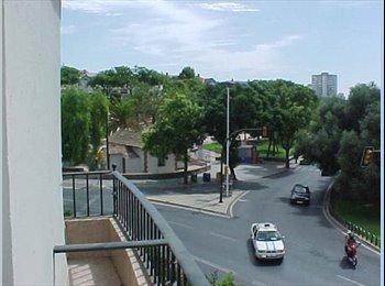 EasyPiso ES - ESTUDIANTES TENEMOS 1 HABITACION LIBRE EN CENTRO DE HUELVA, Huelva - 150 € por mes