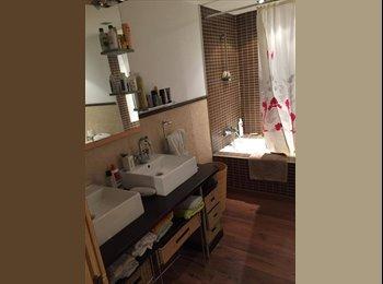 EasyPiso ES - Alquiler de Habitación en Terrassa, Can Boada 10 min del centro, Terassa - 290 € por mes