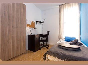 EasyPiso ES - ENAMORAT HOUSE TERRACE ROOM 2, Sant Martí - 550 € por mes