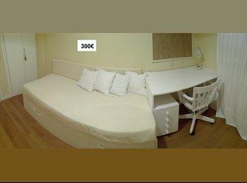 EasyPiso ES - Habitacion en URBANIZACION EL BOSQUE, VILLAVICIOSA DE ODON, cercana a la UE (universidad Europea ), Villaviciosa De Odón - 300 € por mes