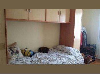 EasyPiso ES - Alquiler de una habitación, PIO XII, Pamplona - 250 € por mes