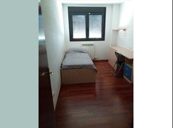 EasyPiso ES - habitacion, Huesca - 200 € por mes