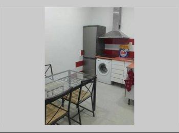 EasyPiso ES - new flat, Ciutat Vella - 1.500 € por mes