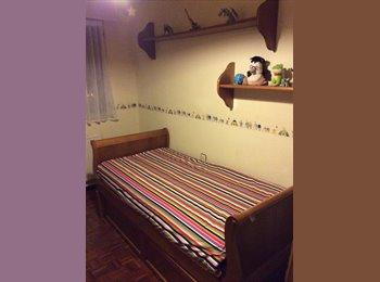 EasyPiso ES - Habitacion en Avenida de los huetos, Vitoria-gasteiz - 300 € por mes
