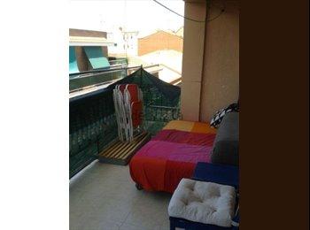 EasyPiso ES - Habitación en piso compartido , Carabanchel - 260 € por mes
