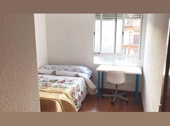 EasyPiso ES - Habitaciones OFERTA VERANO!, Córdoba - 150 € por mes
