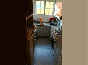 EasyPiso ES - Habitacion pareja Playa castelldefels, Castelldefels - 520 € por mes