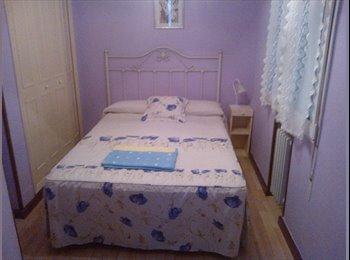 EasyPiso ES - Habitación para. Chica, Gijon - 250 € por mes