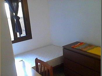 EasyPiso ES - habitacion individual para una persona, Ciutat Vella - 200 € por mes