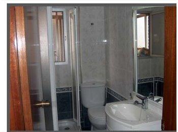 EasyPiso ES - Se alquila habitacion en piso compartido, Villaverde - 260 € por mes