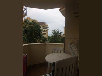 EasyPiso ES - Benalmádena. Habitación a 700 m de la playa. , Malaga - 400 € por mes