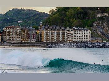 EasyPiso ES - hab. nueva con baño en segunda linea de playa, San Sebastián - 800 € por mes
