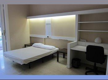 EasyPiso ES - Habitación individual (550 €). Gastos incluidos, Eixample - 550 € por mes