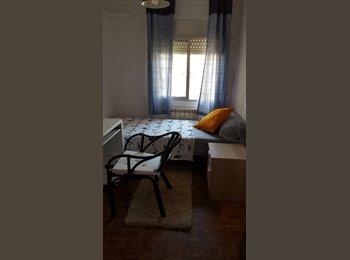 EasyPiso ES - 2 Preciosas y Confortables habitaciones, Fuencarral - 310 € por mes