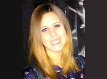 EasyPiso ES - Amanda - 23 - Sevilla
