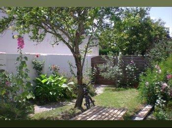 Appartager FR - Maison située à 800 m de l'université et 1km plage, Aytré - 390 € /Mois