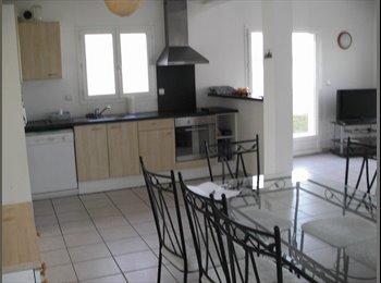 Appartager FR - GRANDE MAISON  RECENTE TOUTE EQUIPE  A LA ROCHELLE, Angoulins - 380 € /Mois