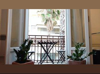 Appartager FR - 3 pièces centre Juan les Pins, idéal colocation, Antibes - 500 € /Mois