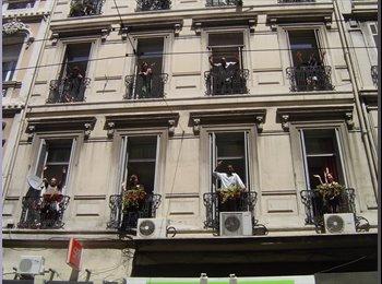 Appartager FR - Colocation d'appartements pour étudiants, Marseille - 320 € /Mois