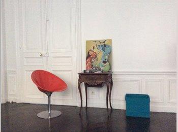 Appartager FR - Bel appt 85 m2 7ème Limite  St Germain des Prés et proche Sciences Po, 7ème Arrondissement - 800 € /Mois