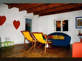 Appartager FR - chambre a louer, Carpentras - 350 € /Mois