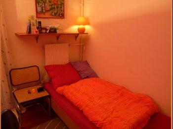 Appartager FR - Une chambre meublée à 10 mn du centre de Paris, Nanterre - 500 € /Mois