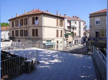 Appartager FR - Chambre à La Seyne, La Seyne-sur-Mer - 310 € /Mois