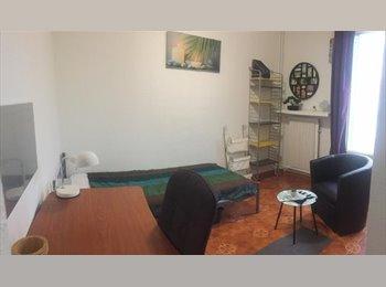 Appartager FR - CHAMBRE MEUBLEE EN COLOCATION x 4 chambres, Saint-Martin-d'Hères - 270 € /Mois