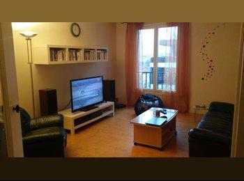 Appartager FR - Appartement sympa proche paris (metro10,T2,Ligne L), Saint-Cloud - 550 € /Mois