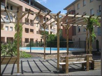 Appartager FR - Chambre proche Compans, résidence avec piscine, Toulouse - 395 € /Mois