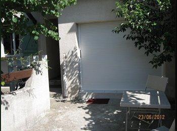 Appartager FR - Studio meublé près villa, Montpellier - 400 € /Mois