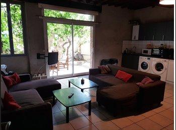 Appartager FR - Colocation dans grande maison avec jardin&parking, Perpignan - 310 € /Mois