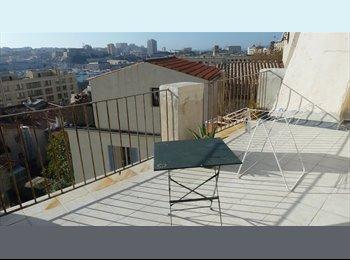 Appartager FR - meublé avec terrasse vue panoramique, Marseille - 590 € /Mois