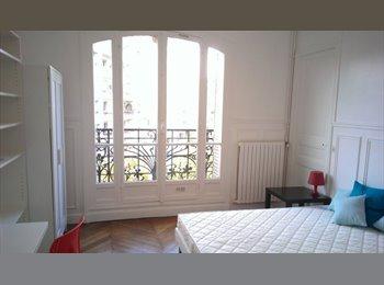 Appartager FR - 3 chambres - Buttes Chaumont - tout inclus, 19ème Arrondissement - 755 € /Mois