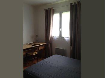 Appartager FR - chambre à louer, Floirac - 300 € /Mois