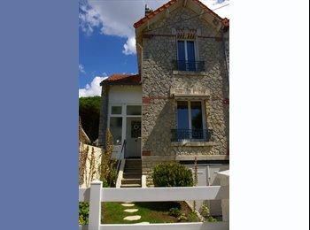 Appartager FR - MAISON/ COLOC de 3 PERS/ 10MNS MINIMES/50M PLAGE !, Châtelaillon-Plage - 370 € /Mois