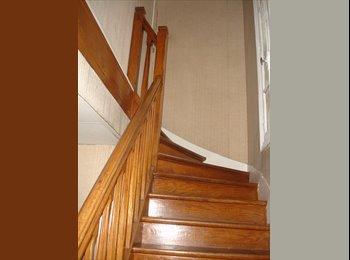 Appartager FR - Logement indépendant sur 63 m2 habitable 3 chambres - 1er étage, Maisons-Alfort - 550 € /Mois