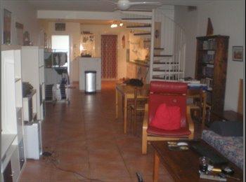 Appartager FR - chambres meublées a louer, Plan-de-Cuques - 350 € /Mois
