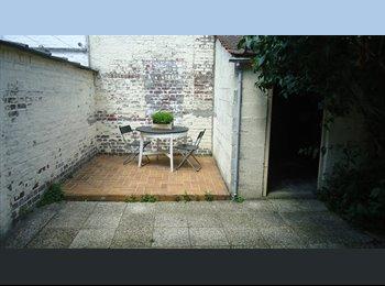 Appartager FR - Une chambre disponible dans une maison en colocation, Lambersart - 380 € /Mois